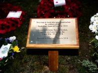 The plaque which was unveiled by Mr Matt Anderson, the Deputy Australian High Commissioner and Mrs Jill Young Who travelled from Australia to declare the map of Australia officially open. An ANZAC day service was held today in Wiltshire to commemorate the sacrifice made by the Australian Imperial Forces and remember their presence here in the County. The occasion also marked the formal opening of the restored chalk map of Australia. Guests included Mrs Sarah Troughton, the Lord Lieutenant of Wiltshire and Mr Matt Anderson, the Deputy Australian High Commissioner, Colonel Andrew Dawes, Commander South West and Lieutenant Colonel Ben Passmore, Australian Army UK Liaison Officer. We are also immensely privileged to be joined by Mrs Jill Young Who travelled from Australia to lay a wreath in memory of her father Albert Haslet, a Bombardier with the 12th Artillery Brigade, AIF, stayed at Hurdcott Camp between April and June 1918 recovering from wounds.