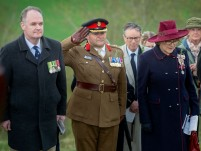 Colonel Andrew Dawes, Commander South West holding a salute during the moment of silence stood alongside Mrs Sarah Troughton, the Lord Lieutenant of Wiltshire and Mr Matt Anderson, the Deputy Australian High Commissioner. An ANZAC day service was held today in Wiltshire to commemorate the sacrifice made by the Australian Imperial Forces and remember their presence here in the County. The occasion also marked the formal opening of the restored chalk map of Australia. Guests included Mrs Sarah Troughton, the Lord Lieutenant of Wiltshire and Mr Matt Anderson, the Deputy Australian High Commissioner, Colonel Andrew Dawes, Commander South West and Lieutenant Colonel Ben Passmore, Australian Army UK Liaison Officer. We are also immensely privileged to be joined by Mrs Jill Young Who travelled from Australia to lay a wreath in memory of her father Albert Haslet, a Bombardier with the 12th Artillery Brigade, AIF, stayed at Hurdcott Camp between April and June 1918 recovering from wounds.